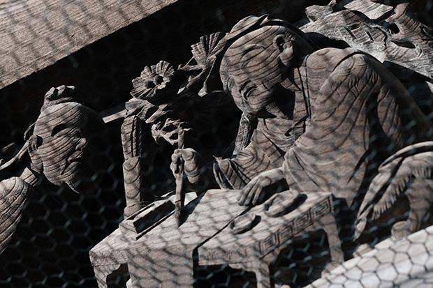 仁王門の彫刻